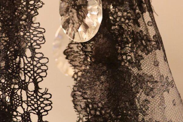 klein - zwart kant kristal